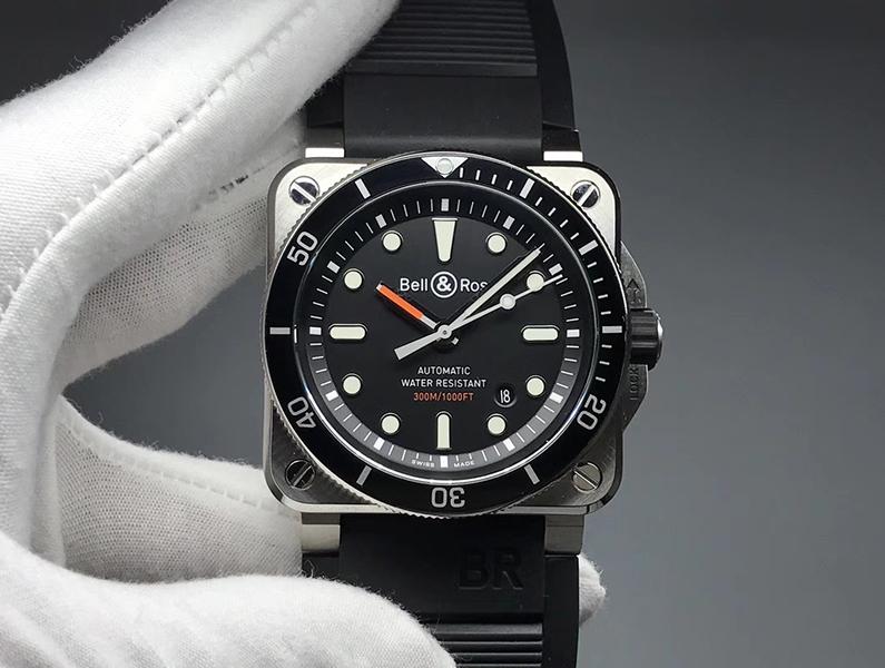 方形潜水表 DiverBR03-92 Diver