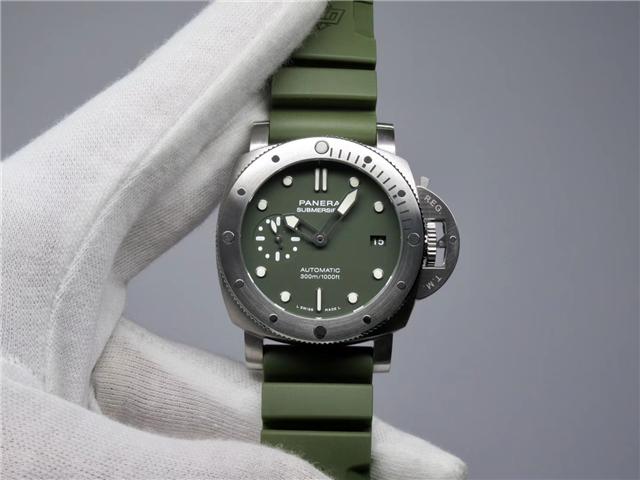 PAM01055 PAM1055 绿海魂42mm