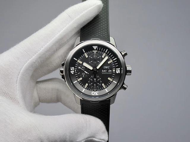 【V6】海洋时计 计时款 IW376803 黑面胶带